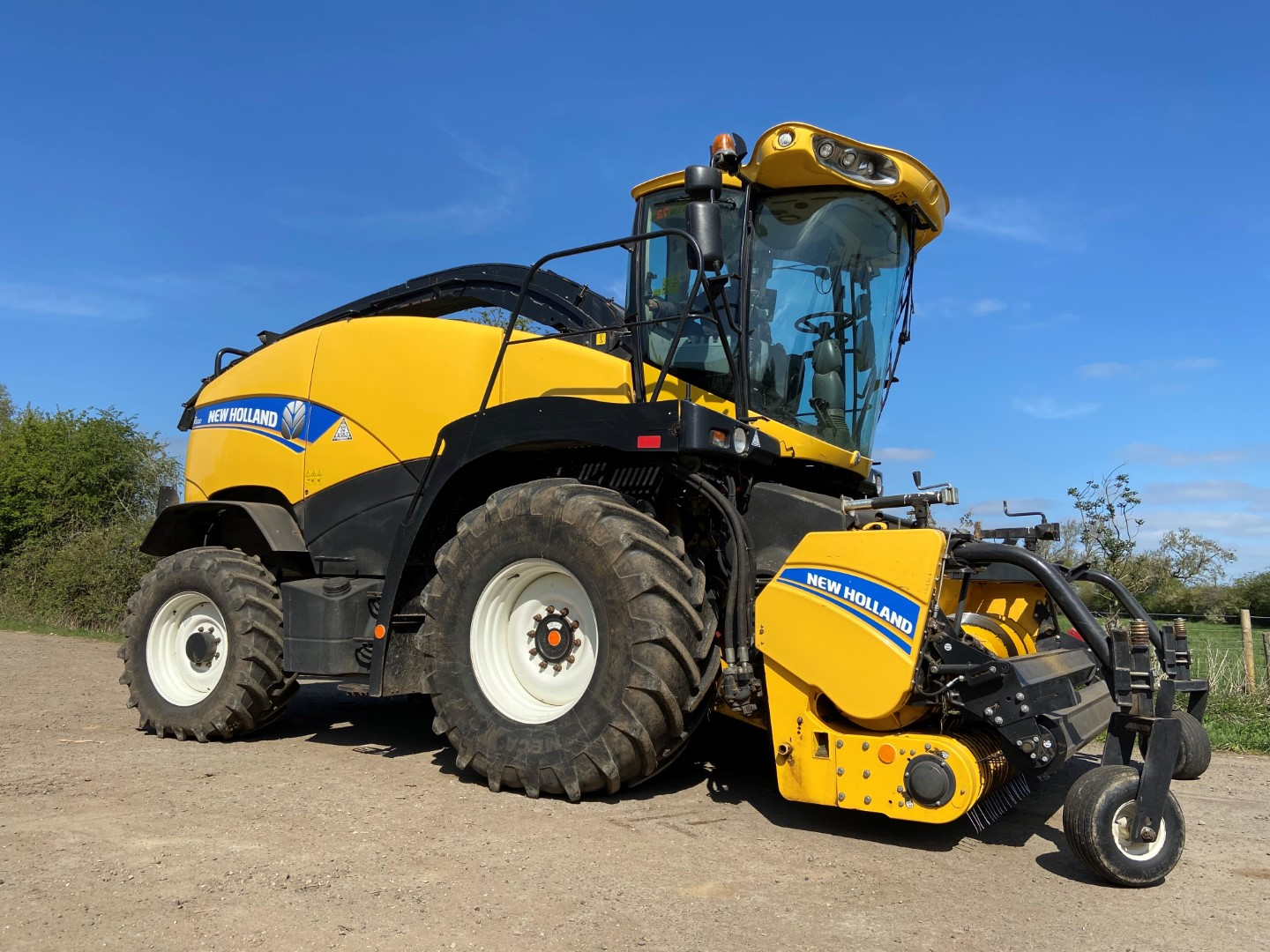 NEW HOLLAND FR600 T3